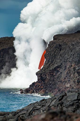 Puna「lava flow into the pacific ocean, kalapana, big island, hawaii」:スマホ壁紙(11)
