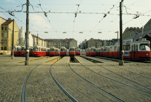 Cable Car「Tram Station, Vienna, Austria」:スマホ壁紙(16)