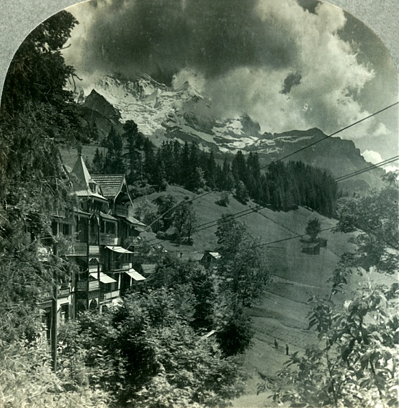 Incidental People「The Ever-Glorious Jungfrau」:写真・画像(3)[壁紙.com]