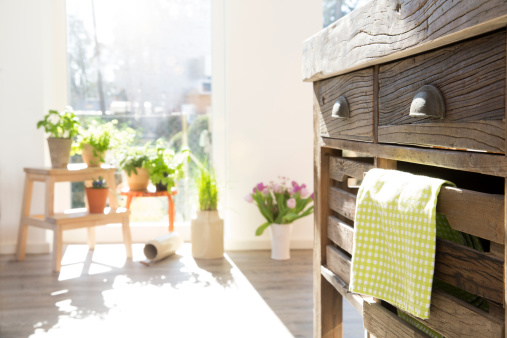 Rustic「Country style kitchen in sunlight」:スマホ壁紙(17)