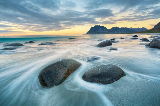 Sunset「Uttakleiv Beach, Lofoten, Norway」:スマホ壁紙(12)