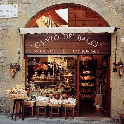 Italian Culture「Front of a traditional Italian food shop」:スマホ壁紙(2)