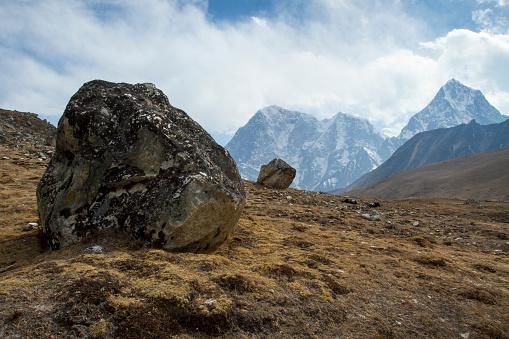 Khumbu「Himalayan Landscape near Lobuche」:スマホ壁紙(12)