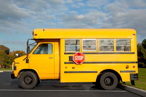 Side View「School Bus」:スマホ壁紙(16)