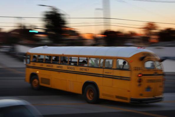 School Bus「California Budget Crisis Threatens Basic Services」:写真・画像(0)[壁紙.com]