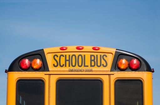 Behind「School Bus」:スマホ壁紙(15)