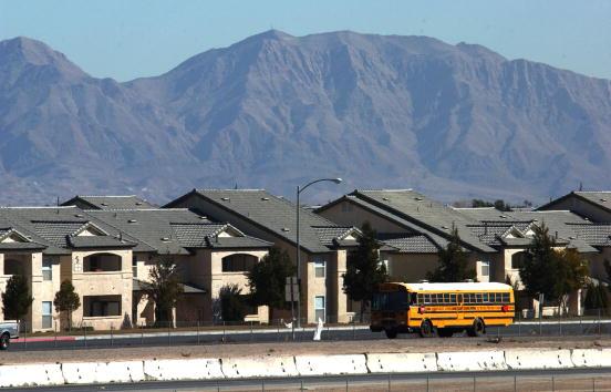 School Bus「Proposed Radioactive Waste Site in Nevada」:写真・画像(11)[壁紙.com]