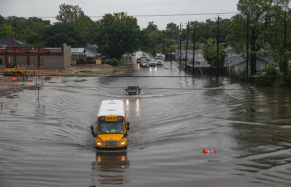 Flood「Tropical Storm Imelda Brings Heavy Flooding To Houston Area」:写真・画像(6)[壁紙.com]
