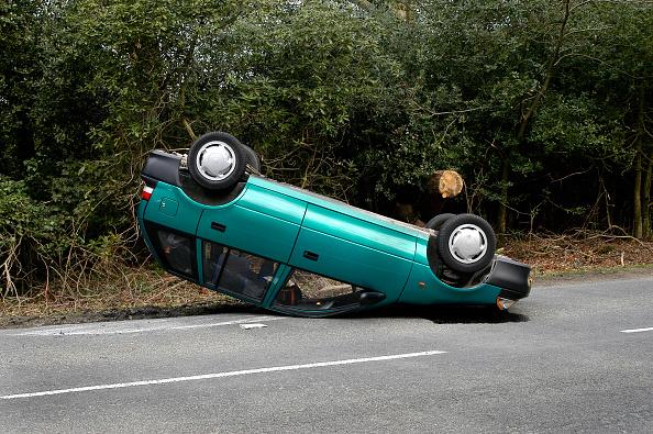 Upside Down「1998 Suzuki Swift Accident in 2004」:写真・画像(7)[壁紙.com]