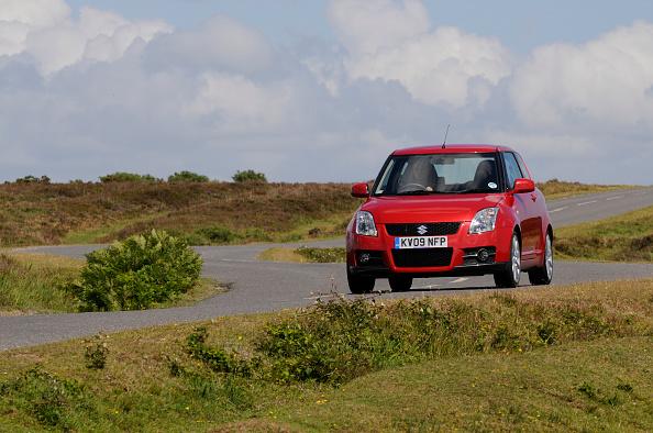Curve「2009 Suzuki Swift Sport」:写真・画像(5)[壁紙.com]