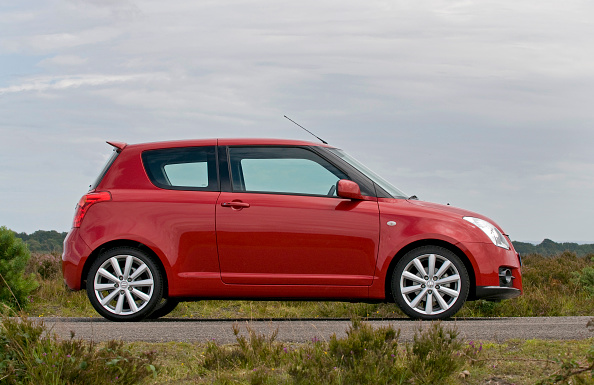 Side View「2009 Suzuki Swift Sport」:写真・画像(10)[壁紙.com]