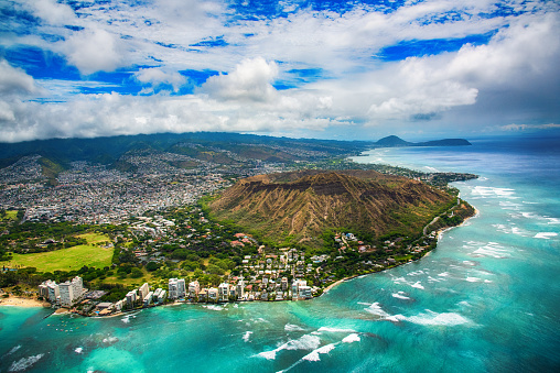 オアフ島「ハワイのホノルルのダイヤモンド ヘッド州立公園」:スマホ壁紙(3)