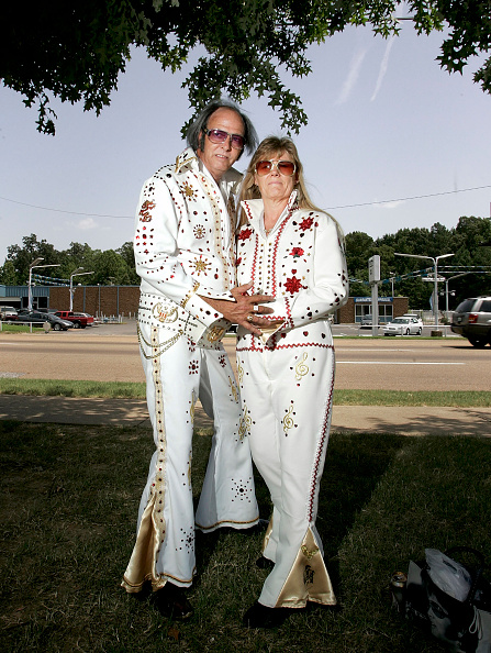 Adult「Fans Gather In Memphis For Elvis Week」:写真・画像(18)[壁紙.com]