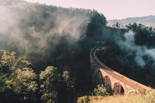 Sri Lanka「Nine Arch Bridge in Sri Lanka」:スマホ壁紙(9)