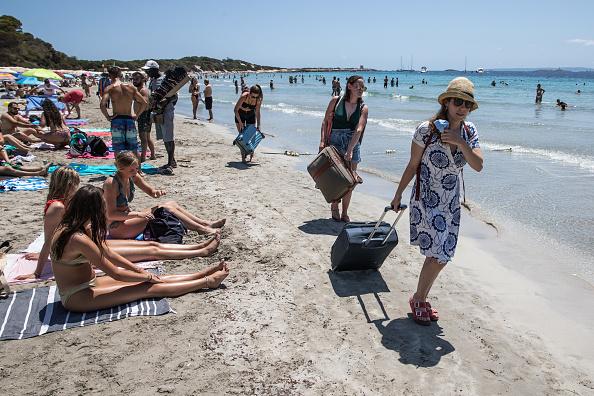 観光「Covid-19: Ibiza Added To UK Amber Travel List」:写真・画像(12)[壁紙.com]