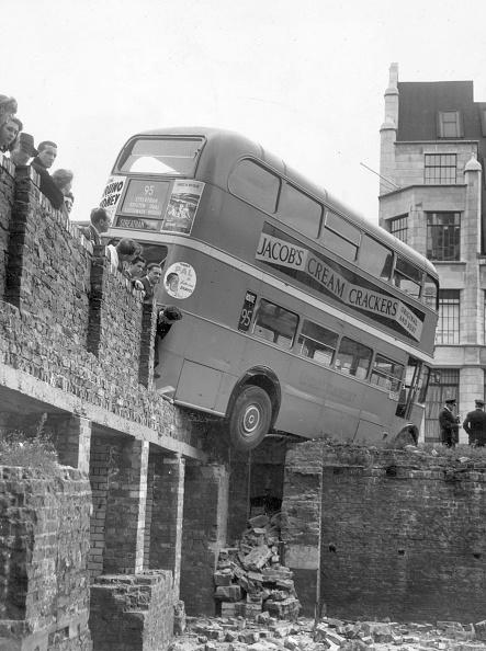 Balance「Bus Balancing」:写真・画像(9)[壁紙.com]