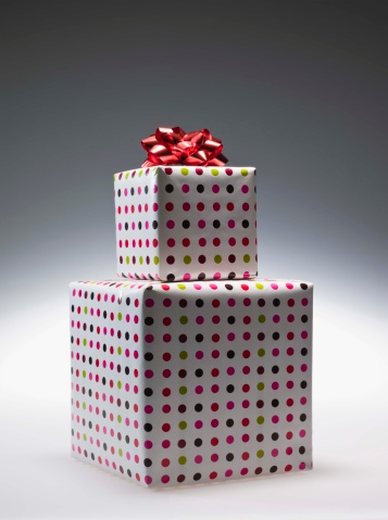Gift「Stack of gifts」:スマホ壁紙(18)