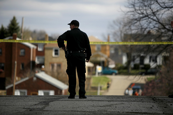 USA「Five Police Officers Shot In Pittsburgh During Standoff With Suspect」:写真・画像(13)[壁紙.com]
