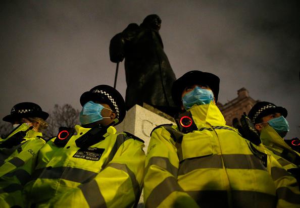 Memorial Vigil「Met Police Criticised Over Response To Sarah Everard Vigil」:写真・画像(13)[壁紙.com]
