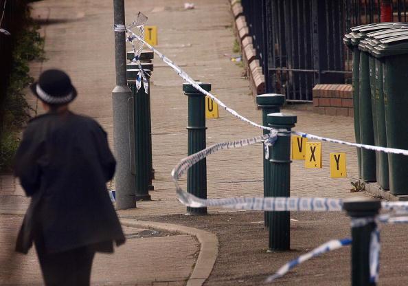Gang「Teenage Boy Dies After Double Stabbing In East London」:写真・画像(14)[壁紙.com]