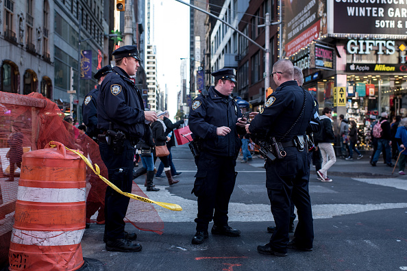New York City「Security Increased In New York City After Attacks In Paris」:写真・画像(11)[壁紙.com]