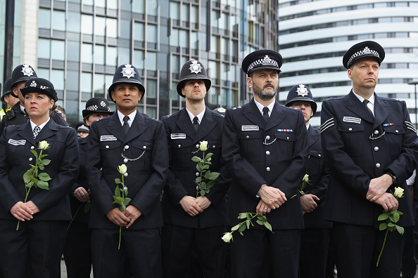 flower「A Vigil And Minute's Silence To Remember The Victims Of Last Week's Westminster Terrorist Attack」:写真・画像(8)[壁紙.com]