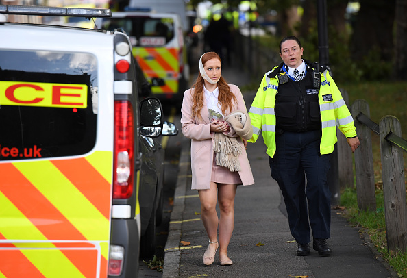 英国 ロンドン「Terror Incident At Parsons Green Underground Station」:写真・画像(9)[壁紙.com]