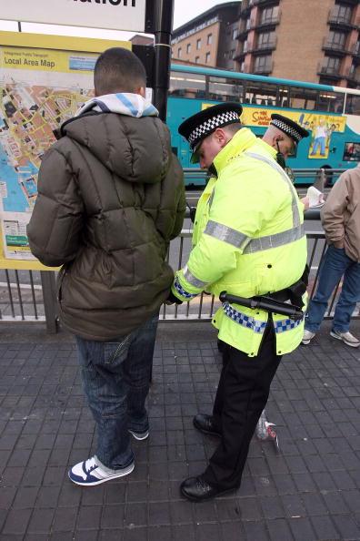 The Knife「Liverpool Police Take Action Against Possible Knife Violence」:写真・画像(5)[壁紙.com]