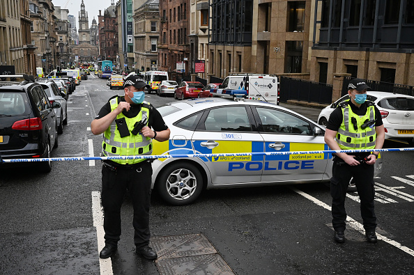 Glasgow - Scotland「Police Officers Shoot Knifeman Dead In Central Glasgow Hotel」:写真・画像(9)[壁紙.com]
