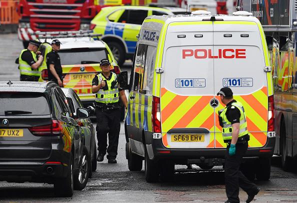 Glasgow - Scotland「Police Officers Shoot Knifeman Dead In Central Glasgow Hotel」:写真・画像(6)[壁紙.com]