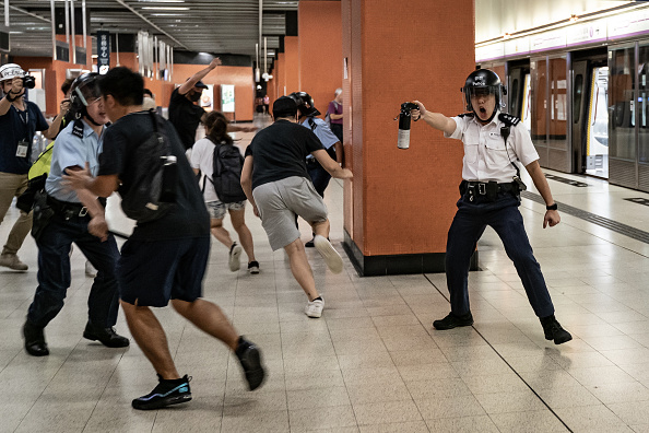 Spray「Unrest In Hong Kong During Anti-Government Protests」:写真・画像(13)[壁紙.com]