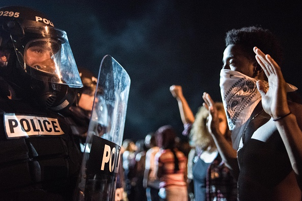 USA「Protests Break Out In Charlotte After Police Shooting」:写真・画像(17)[壁紙.com]