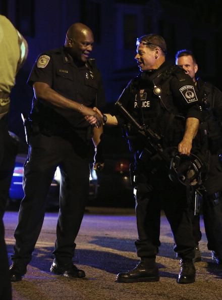Best shot「Bombing Suspect #2 In Custody」:写真・画像(2)[壁紙.com]