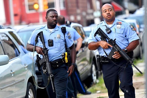 Philadelphia - Pennsylvania「Police Officers Shot In North Philadelphia」:写真・画像(0)[壁紙.com]