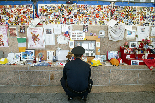 September「Visitors At Ground Zero」:写真・画像(1)[壁紙.com]
