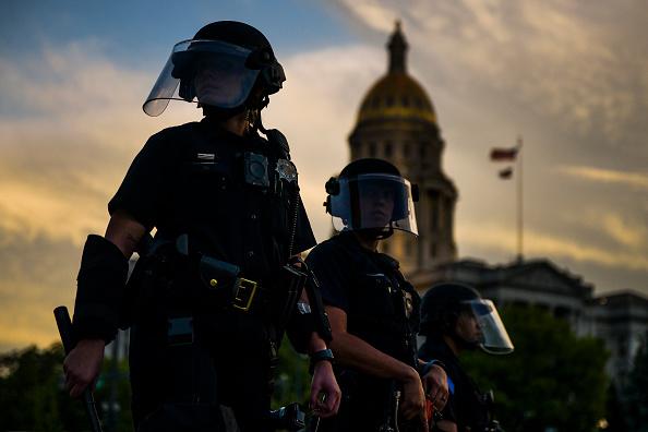 Denver「Protests Continue At Capitol In Denver In Aftermath To Death Of George Floyd」:写真・画像(10)[壁紙.com]