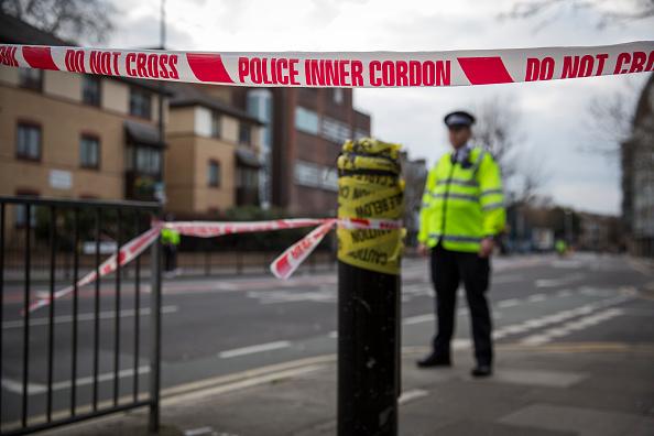 英国 ロンドン「Unexploded World War Two bomb Found In London Borough」:写真・画像(17)[壁紙.com]