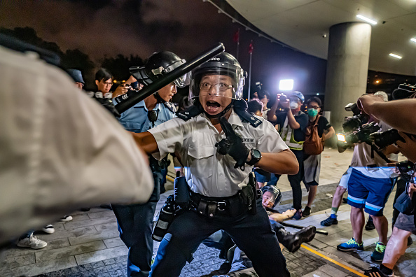 Protestor「Hong Kongers Protest Over China Extradition Law」:写真・画像(8)[壁紙.com]