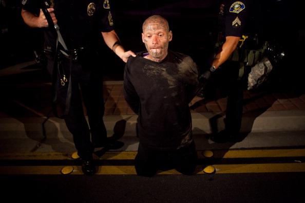 アナハイム「Anaheim Residents Protest Police Shootings Over Weekend」:写真・画像(15)[壁紙.com]
