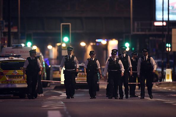 Worshipper「Casualties Reported After Van Strikes worshippers Leaving Ramadan Prayers in London」:写真・画像(6)[壁紙.com]