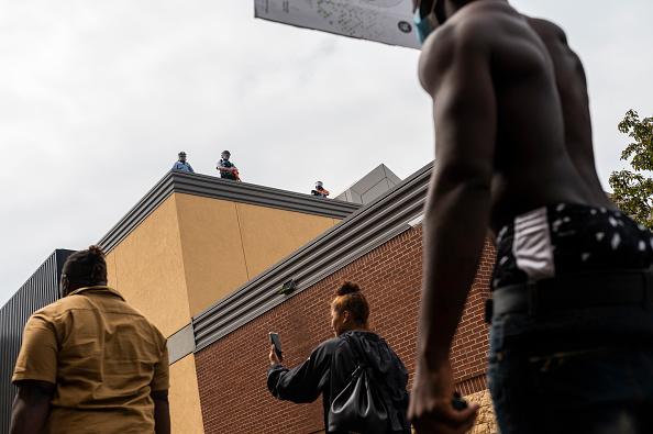 Stephen Maturen「'I Can't Breathe' Protest Held After Man Dies In Police Custody In Minneapolis」:写真・画像(13)[壁紙.com]