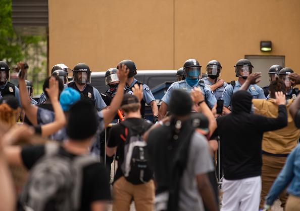 Stephen Maturen「'I Can't Breathe' Protest Held After Man Dies In Police Custody In Minneapolis」:写真・画像(12)[壁紙.com]