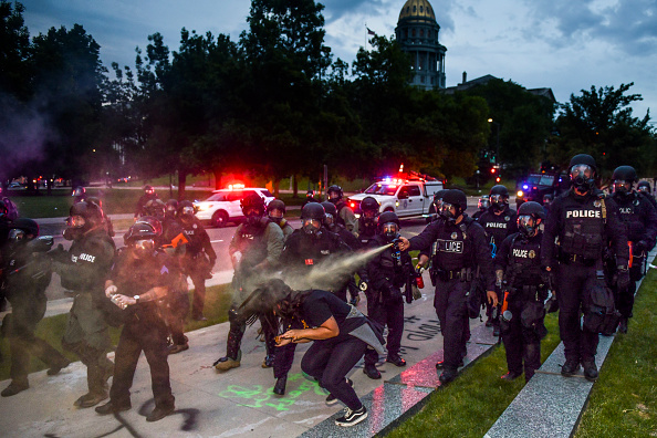 Spray「Protests Continue At Capitol In Denver In Aftermath To Death Of George Floyd」:写真・画像(11)[壁紙.com]