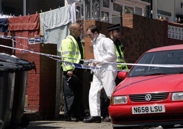 Aggression「Officers Search Suspect Houses In Connection With London Bombings」:写真・画像(9)[壁紙.com]