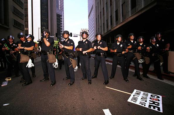 Dan Callister「Violent Protests At Democratic National Convention」:写真・画像(15)[壁紙.com]