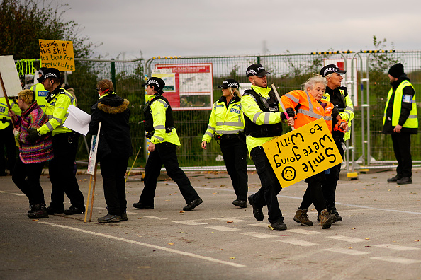 Shale「Fracking Resumes at Cuadrilla Site After Tremor」:写真・画像(11)[壁紙.com]