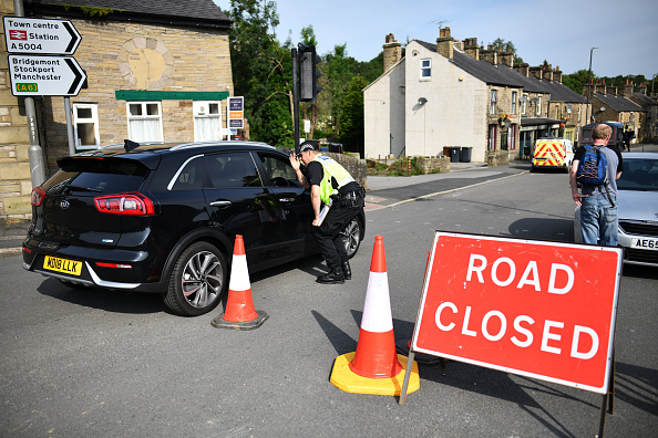 Whaley Bridge「Town Of Whaley Bridge Evacuated After Dam Collapse」:写真・画像(19)[壁紙.com]