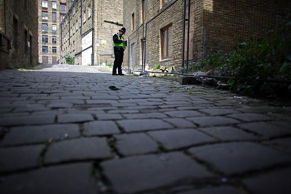 West Yorkshire「Red Light District Comes Under Investigation After Prostitutes Go Missing」:写真・画像(0)[壁紙.com]