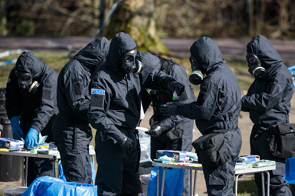 Salisbury - England「Investigations Continue At The Scene Of Salisbury Spy Poisoning」:写真・画像(2)[壁紙.com]