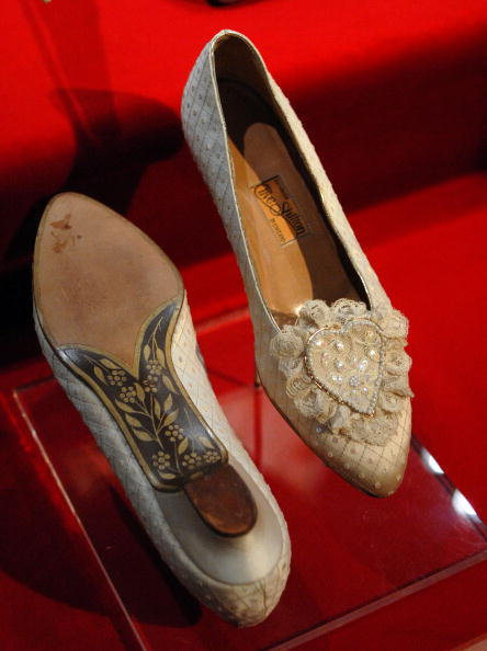 "Shoe「National Constitution Center Hosts ""Diana: A Celebration""」:写真・画像(0)[壁紙.com]"